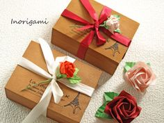 2 Origami Fine rose magnets in wood gift box / by Inorigami