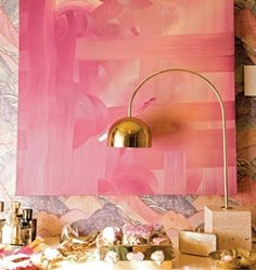 Love the gold lamp and pink painting - great desk inspiration! Pink Art, Pastel Pink, Color Inspiration, Interior Inspiration, Painting Inspiration, Pink Und Gold, Gold Gold, 2 Kind, Pink Painting