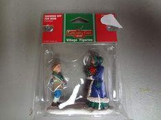 Amazon.com: coventry Cove lemax Village Estatueta 72451–2007mostrando Fora Para Mãe: Home & Kitchen Lemax Christmas Village, Lemax Village, Coventry, Collectible Figurines