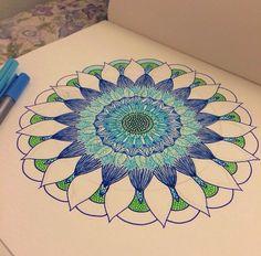 Desenhando.   ...