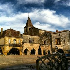 Medieval market square in Montpazier, Dordogne, France. Image by @Eryn Paul Paul Lackie.
