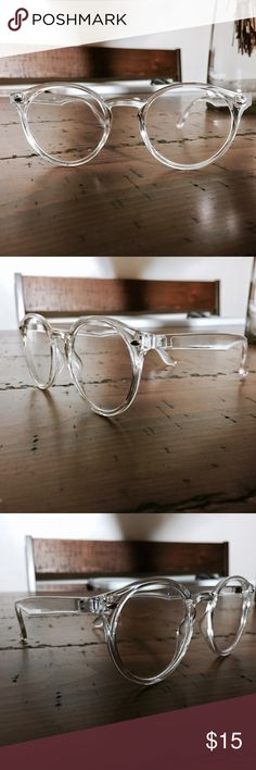 Crystal Clear Pantos Glasses Clear Frame Pantos Glasses | New w/ tags | FREE microfiber glasses pouch | | Distributed in Los Angeles | PRICE IS FIRM Accessories Sunglasses