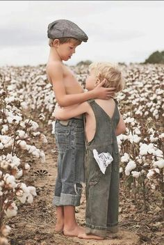 www.ellemichellephotography.com www.facebook.com/ElleMichellePhoto #cotton fields #kids photography
