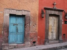 doorways in San Miguel De Allende by Señor Codo, via Flickr