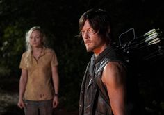 Beth Greene (Emily Kinney) and Daryl Dixon (Norman Reedus) in Episode 12 of The Walking Dead