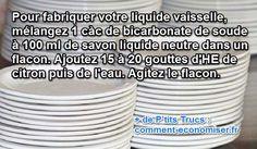Avec cette recette maison, plus besoin d'acheter du liquide vaisselle au supermarché et vous en aurez toujours à portée de main ! Découvrez l'astuce ici : http://www.comment-economiser.fr/astuce-nettoyage-fabriquer-liquide-vaisselle.html?utm_content=buffer5e983&utm_medium=social&utm_source=pinterest.com&utm_campaign=buffer
