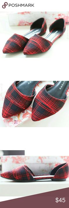 "Chinese Laundry | ""Easy Does It"" Flats Faux micro-suede ""Easy Does It"" d'orsay flats from Chinese Laundry in red and black tartan plaid. Size 6, EU 36.5, so could fit between a 6 and 6.5. Like new. Tried on, no signs of wear. Comes with original box. PRICE IS FIRM. NO TRADES. BUNDLE FOR DISCOUNT. Chinese Laundry Shoes Flats & Loafers"