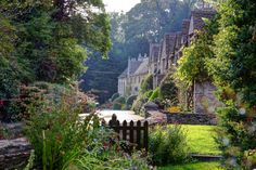 Romantic Heart & Soul - The Lane, Castle Combe-a beautiful village at the...