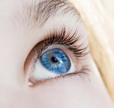 Simple Makeup Tips For Blue Eyes