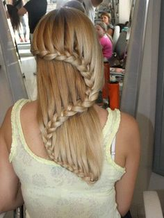 These Are 19 Of The Most Stunning And Unique Hairstyles Ever Created. #4 Is Just Gorgeous [MOBILE STORY]
