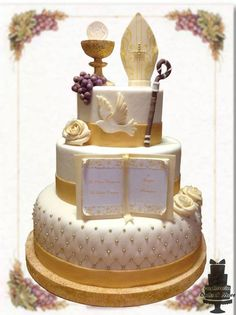 Cake Comunione&Cresima First Holy Communion Cake, First Communion Favors, Communion Gifts, First Communion Decorations, Religious Cakes, Confirmation Cakes, Cake Designs, Party Things, First Holy Communion