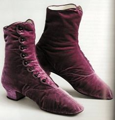 Queen Sofia's button boots of silk velvet in the fashionable new color mauve, 1870's