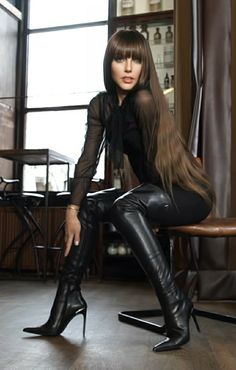 Thigh High Boots Heels, Stiletto Boots, High Leather Boots, Leather Pants, Leder Outfits, Hot Brunette, Sexy Boots, Dress With Boots, Leather Fashion