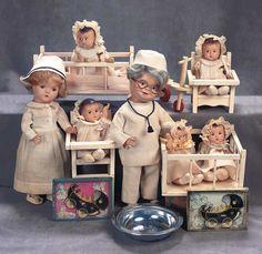 Madame Alexander Dionne Quintuplets, Nurse and Dr. Da Foe dolls