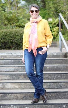 Ines Meyrose #ootd 20170416 Jeans und Bluse s.Oliver - gelb und blau kombiniert am Herbstfarbtyp, Schal Fraas