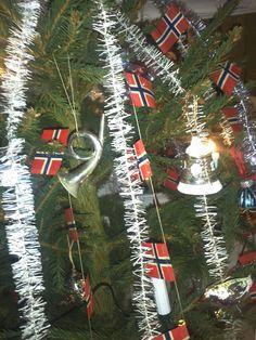 Norwegian christmas with Norwegian flag garland