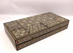 BACKGAMMON Set Inlaid Mosaic Marquetry with MOTHER OF PEARL - W74