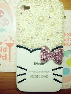 Iphone 4 & 4s cases Hello Kitty  with Big Pink Butterfly luckylxn