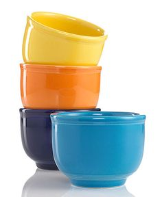 Fiestaware Chili Bowl, Cobalt Blue- I want to buy these the next time I'm at the mall. I got 50 % Cobalt Blue 4 PC set the last time I was there. I love the Lemongrass, too!