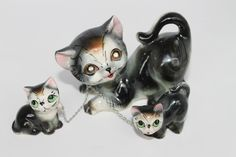 Vintage Cat & Kittens Figurines