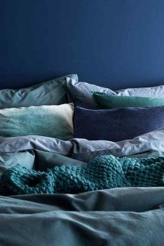 Komplet pościeli z batystu - Szaroniebieski - HOME Blue Rooms, Blue Bedroom, Bedroom Colors, Master Bedroom, Bedroom Decor, Duvet Sets, Duvet Cover Sets, H&m Home, Velvet Cushions