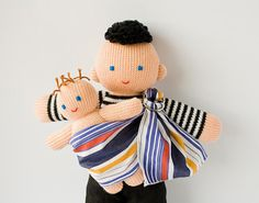 First time we've ever seen a babywearing daddy doll. Hooray for Freja Toys on @Etsy. (And for progress.)