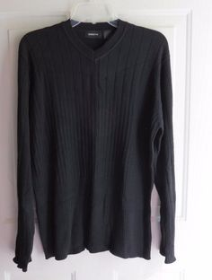 Liz Claiborne Woman's Sweater Shirt Top M Medium Black #LizClaiborne #VNeck