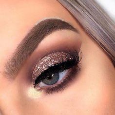 Velvet Eyeshadow