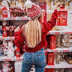 Can't wait to go buy Christmas decoration 🎄 Cosy Christmas, Christmas Feeling, Christmas Room, Beautiful Christmas, Christmas Holidays, Merry Christmas Ya Filthy Animal, Xmax, Instagram Christmas, Christmas Aesthetic