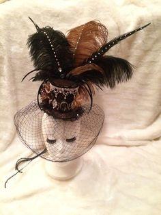 Black and Brown #LeopardPrint Crystal #MiniTopHat. #Burlesque #Fascinator #Vintage #Hat #EmpireMiniTopHats #clipon