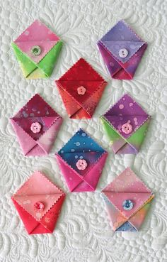 New Pockets with Love - origami with fabric; FOLD.PRESS.SEW.