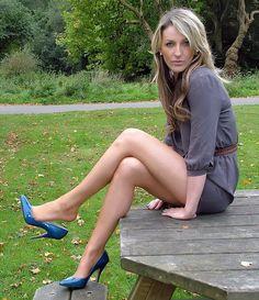 ladies leg spread porn
