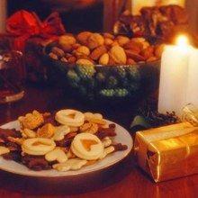 - Les 13 desserts de Noël http://www.azurlingua-culture.com/general/les-13-desserts-de-noel/