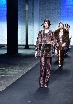 THE LOOK OF THE YEAR - Fashion and Models - ALTAROMA - TERSIGE CERRONE