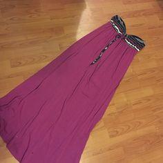 Strapless Mossimo Maxi dress. Strapless Mossimo maxi dress. Light peeling. Size medium. Mossimo Supply Co Dresses Maxi