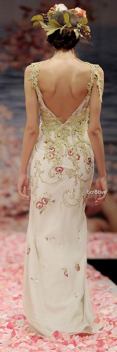 Claire Pettibone: Olivia