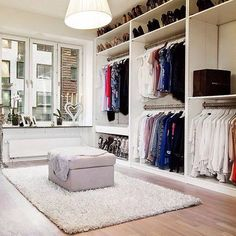 Love the storage space!