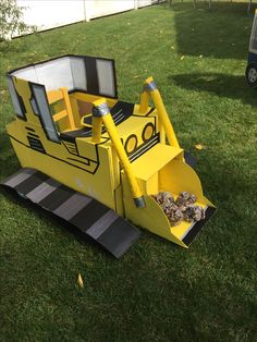 DIY Cardboard  bulldozer, kids construction Birthday party decorations