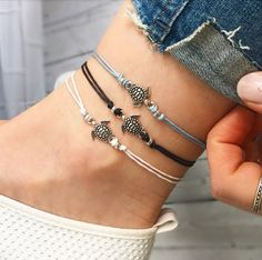 Sea turtle ankle bracelet, Silver anklet, Beaded Anklet, Black anklet sky blue by Serenity Project. Perfect Travel gift, Just keep swimming!
