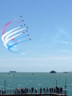 Red Arrows over the Solent, June Red Arrow, Isle Of Wight, Portsmouth, Norfolk, Hampshire, Seattle Skyline, Britain, The Good Place, The Past