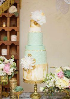 wedding cake mint gold white idea