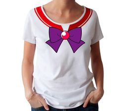 Wear this t-shirt and you will look like Sailor Mars! Dress you up as Sailor Mars with this amazing Sailor Moon cosplay t-shirt developed by ABYstyle !Fashion fit for ladies High quality t-shirt: cotton Available in 4 sizes: S, M, L, XL Color: white Sailor Moons, Sailor Moon Cat, Sailor Moon Cosplay, White Vest Top, High Quality T Shirts, Shirts For Girls, Shirt Style, Clothes For Women, How To Wear