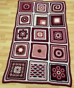 Ravelry: Zooles' Berry Blanket
