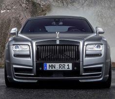 L'automobile de luxe, face à un nouveau paradoxe http://journalduluxe.fr/marche-automobile-ultra-luxe/