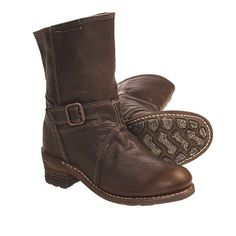 Caterpillar Cassidy Leather Boots (For Women) -prefer this in black Caterpillar Boots, Leather Boots, Cute Outfits, My Style, Celebrities, Shoes, Black, Women, Fashion