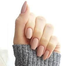 False nails have the advantage of offering a manicure worthy of the most advanced backstage and to hold longer than a simple nail polish. The problem is how to remove them without damaging your nails. Best Acrylic Nails, Acrylic Nail Designs, Squoval Acrylic Nails, Classy Acrylic Nails, Natural Acrylic Nails, Acrylic Colors, Gel Vs Acrylic Nails, Acrylic Nails For Summer, Acrylic Nail Shapes