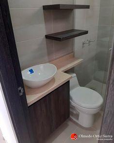 Personaliza y dale un toque moderno a tus espacios 👌 Mobiliario Para Baño A Medida 📐 Cali, Colombia 🇨🇴 #mueblesdebaño #mobiliariodebaño #mueblescali #mobiliariocali #bañosmodernos #mueblelavamanos Sliding Door Wardrobe Designs, Cali Colombia, Sliding Doors, Toilet, Bathroom, Bathroom Furniture, Wardrobe Design, Spaces, Houses