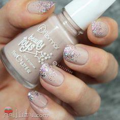 flormar-glitter-genius-pink-pill-swatch