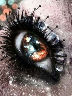Sparkly eye