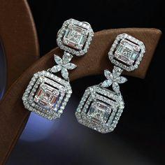White round earrings Women Earrings 925 Sterling Silver Cz Jewelry Gift Stud New Diamond Bracelets, Diamond Jewelry, Gold Jewelry, Diamond Earrings, Jewelry Accessories, Fine Jewelry, Jewelry Design, India Jewelry, Men's Jewellery